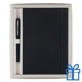 Notitieblok PU leder gekleurde balpen zwart bedrukken