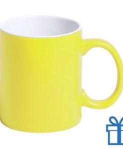 Gekleurde mok geel bedrukken