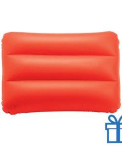 Opblaasbaar strandkussen rood bedrukken