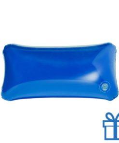 Opblaasbaar strandkussentje blauw bedrukken
