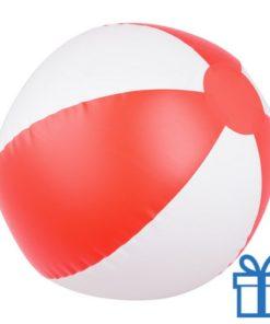 Opblaasbare strandbal wit rood bedrukken