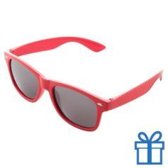 Zonnebrillen doming druktechniek rood bedrukken