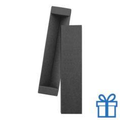 Zwart kartonnen geschenkverpakking pen