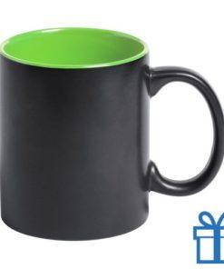 Zwarte mok binnenkant groen bedrukken